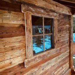 Fenêtre fixe avec croisillons