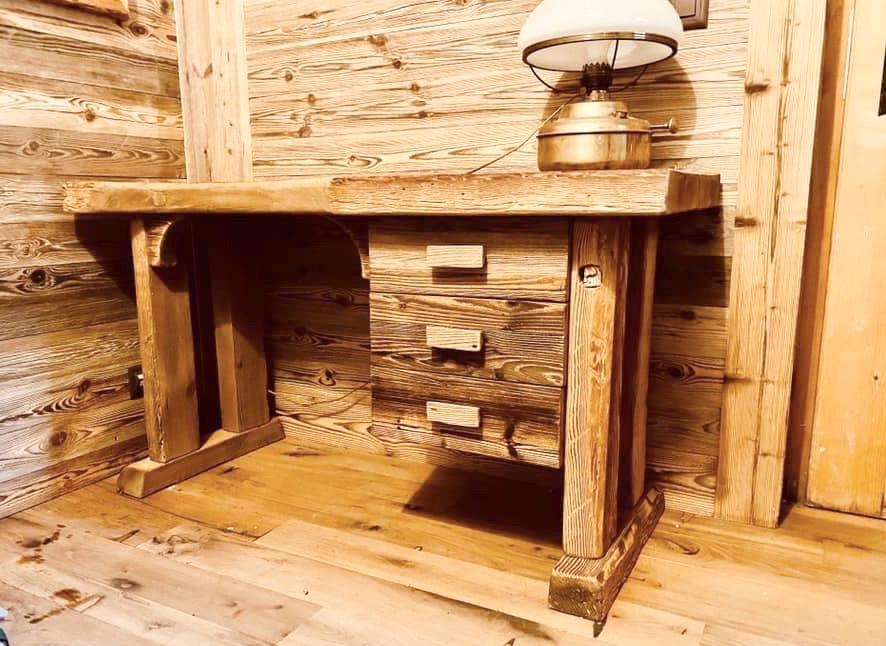 Bureau vieux bois 1