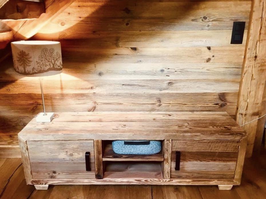 Meuble tv en vieux bois