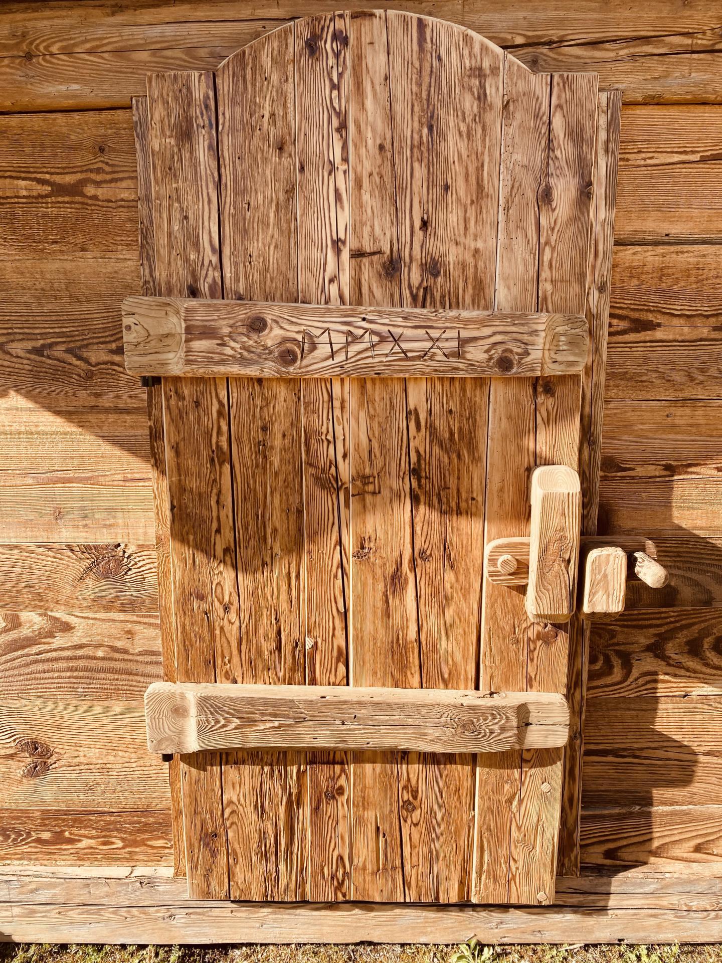 Porte prestige mazot vieux bois
